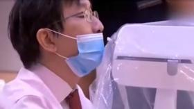 Tekan Angka Penularan pada Tim Medis, Singapura Kembangkan Robot Swab Test