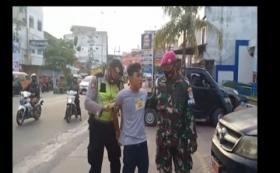 Satgas Covid-19 Tangkap Pemuda Bawa Sabu saat Razia Masker