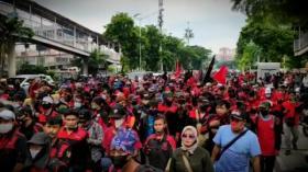 Imbas Demo, Jalan Salemba Raya Macet Parah