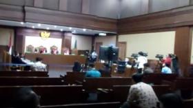 Nurhadi dan Menantu Jalani Sidang Perdana di Pengadilan Tipikor