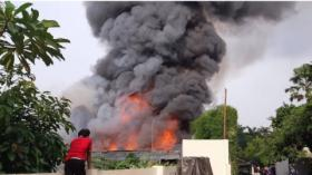 Kebakaran di Kebayoran, Puluhan Mobil Damkar Dikerahkan