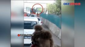 Aksi Komplotan Bajing Loncat Terekam Kamera Pengendara