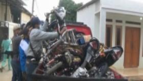 Polisi Gerebek Bengkel Motor Bodong di Tangerang
