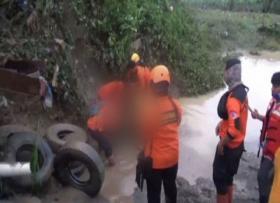 Tanggul Sungai Belawan Jebol, Ratusan Rumah Terendam Banjir
