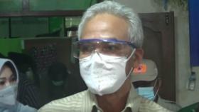 Ganjar Pranowo Tinjau Pengungsi Gunung Merapi