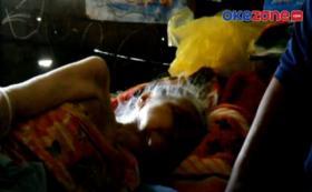 Nenek Usia 80 Korban Banjir Kalsel Menolak Dievakuasi
