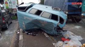 Kecelakaan Beruntun, Tiga Kendaraan Ringsek di Jalur Pantura