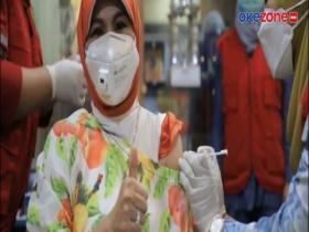 Vaksinasi Pegawai Kesehatan Kota Tangerang