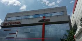 Suasana Hari Pertama Kebijakan PPnBM 0 Persen di Dealer Mobil