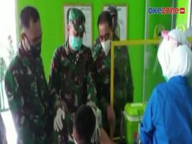 Momen Lucu saat Vaksinasi Covid-19 Satpol PP dan TNI