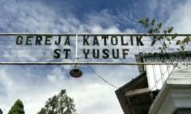Gereja Katolik Santo Yusuf Lumajang Roboh akibat Gempa Susulan