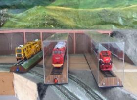 Pensiunan PT DI Buat Karya Apik Miniatur Kereta Api