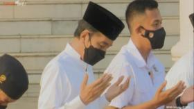 Presiden Joko Widodo Tunaikan Salat Idul Fitri 1442 Hijriah