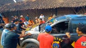 Mobil Patroli Polisi Terjun ke Jurang di Gunungkidul, Yogyakarta