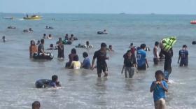 Objek Wisata Ditutup Gubernur Banten, Pengunjung Tetap Ramai