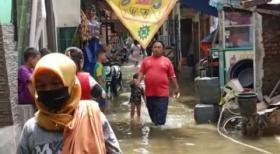 Hujan Sejak Senin Malam, Banjir 70 Cm Kepung Muara Baru