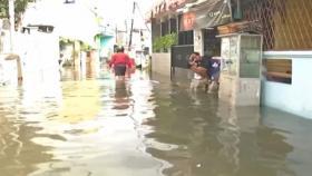 Hujan Semalaman, Banjir Rendam Rumah Warga di Jakbar dan Tangsel