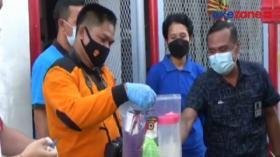 Napi Tenggak Disinfektan Polisi Olah TKP di Badung, Bali
