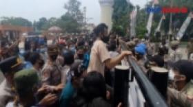 Ricuh PKL Majalengka Setelah Dilarang Berjualan di Alun-Alun