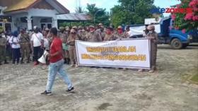 Puluhan Tenaga Kontrak Satpol-Damkar Demo Pertanyakan SK Pemberhentian