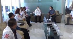 Wakil Ketua DPR Tinjau PT Kimia Farma di Arjasari Bandung