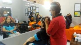 Pengunjung Salon di DKI jakarta Wajib Bawa Surat Vaksinasi