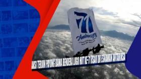 Aksi Terjun Payung Bawa Bendera Logo HUT Ke-71 RSAU dr Esnawan Antariksa