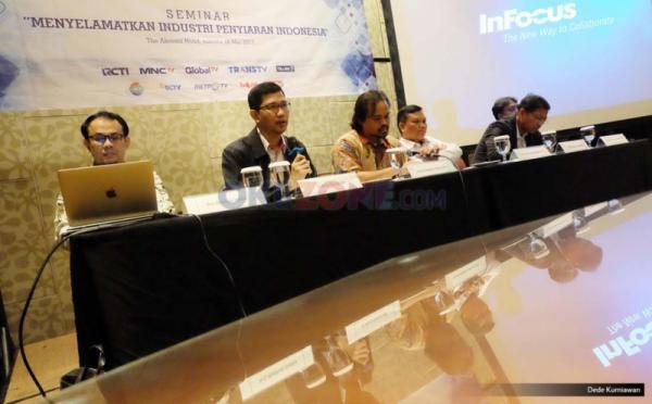 Dalam seminar tersebut Poin-poin yang akan dielaborasi antara lain Perizinan penyiaran, Konsolidasi atau sinergi, Digitalisasi dan antisipasi perkembangan teknologi dan Komite ad hoc digital nasional.