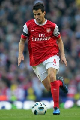 Aksi gemilang Cesc Fabregas mengantarkan Arsenal meraih kemenangan sempurna 3-0