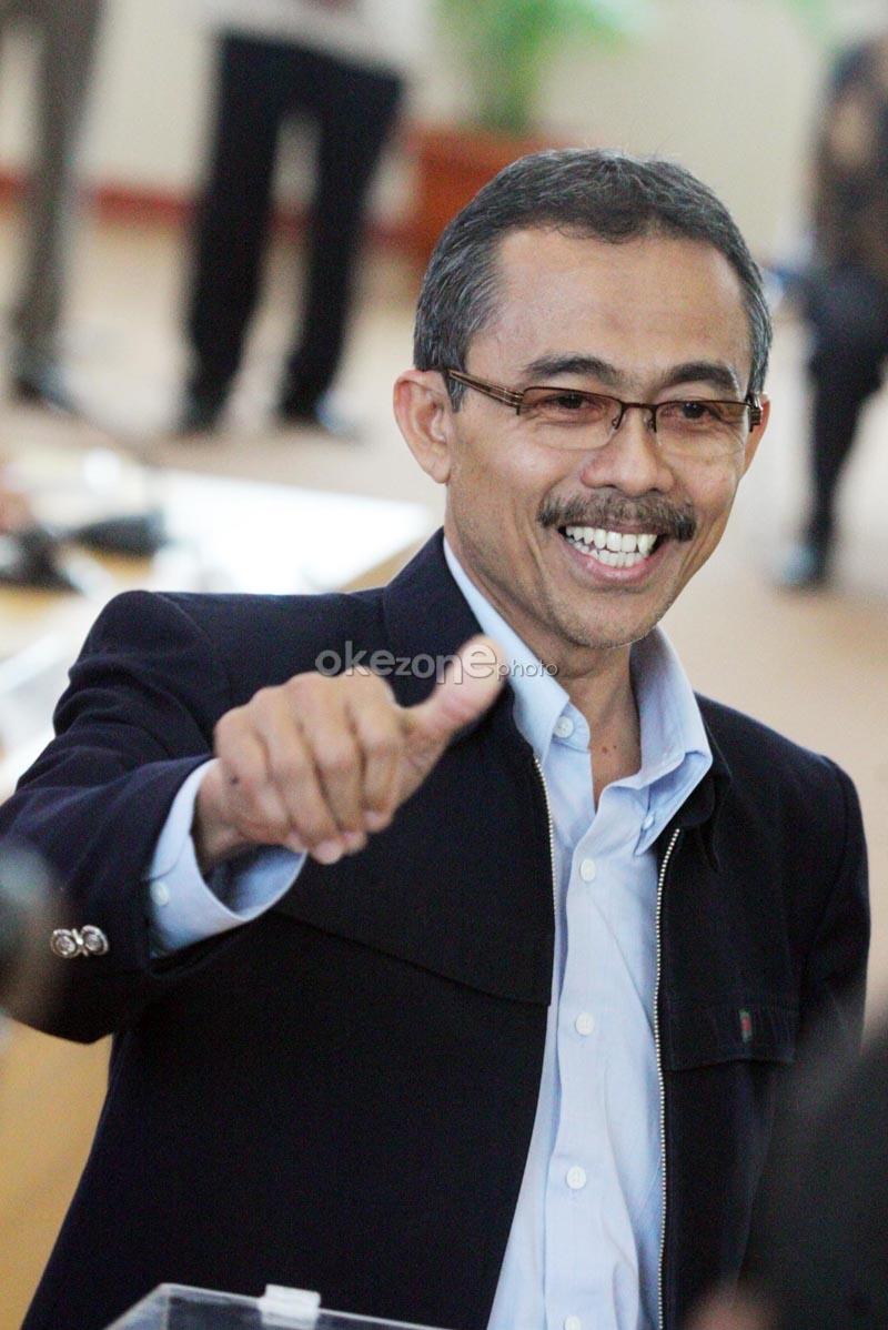 Ketua Komisi Yudisial (KY) terpilih, Eman Suparman, usai memberikan suara pada pemilihan ketua KY yang baru.