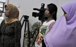 Suasana ruangan RSCM yang dipenuhi korban tewas akibat ditabrak Xenia B 2479 XI, yang dikemudikan Afriani Susanti (29), di Ridwan Rais, Gambir, Jakarta Pusat.