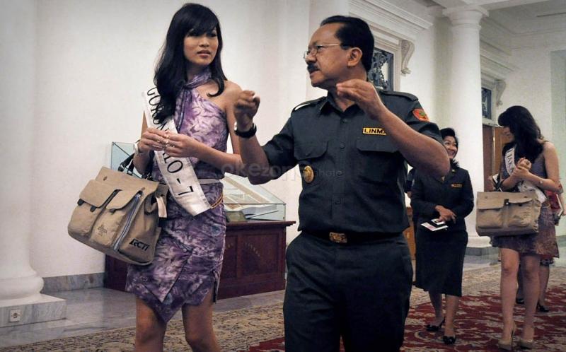 Foto Kantor Gubernur Dki Jakarta Gubernur Dki Jakarta Fauzi