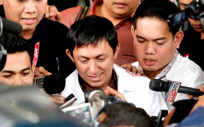 Hasil gambar untuk Fahd Ditahan KPK