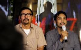 August Melasz (kiri) dan Restu Sinaga di acara gala premier film KM 97 di Studio 2 XXI Epicentrum, Kuningan, Jakarta Selatan, Selasa (19/3/2013).