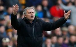 Ekspresi Pelatih Chelsea Jose Mourinho saat laga Chelsea bertandang ke markas Hull City dalam lanjutan Premier League, Minggu (22/3/2015). Laga tersebut sendiri dimenangkan Chelsea lewat skor 3-2.