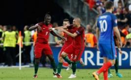 Pemain timnas Portugal Eder selebrasi usai mencetak gol ke gawang Prancis di masa perpanjangan waktu tepatnya menit 109 melalui sepakan keras dari luar kotak penalti.