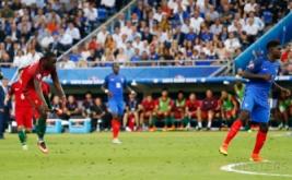 Pemain timnas Portugal Eder mencetak gol ke gawang Prancis di masa perpanjangan waktu tepatnya menit 109 melalui sepakan keras dari luar kotak penalti.