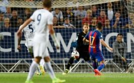 Munir El Haddadi mencetak gol ke gawang Leicester City pada ajang International Champions Cup (ICC) 2016di Friends Arena, Solna, Swedia, Kamis (4/8/2016) dini hari WIB.