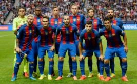 Skuad Barcelona berpose sebelum laga kontra Leicester City pada ajang International Champions Cup (ICC) 2016di Friends Arena, Solna, Swedia, Kamis (4/8/2016) dini hari WIB.