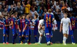 Pemain Barcelona merayakan gol yang dicetak Luis Suarez pada ajang International Champions Cup (ICC) 2016di Friends Arena, Solna, Swedia, Kamis (4/8/2016) dini hari WIB.
