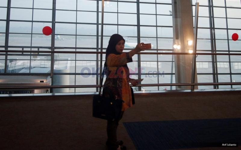Abadikan Kemegahan Terminal 3 Ultimate dengan Ponsel