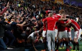 Pemain Manchester United merayakan gol Marcus Rashford ke gawang Hull City di KCOM Stadium.