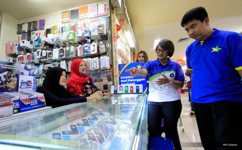 XL Peringati Hari Pelanggan Nasional 2016