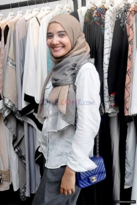 Zaskia Sungkar Senang Dipercaya Rancang Gaun Pengantin Ryana Dea
