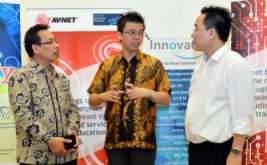 """<p>  Seminar """"Security Saves Your Business"""" yang memaparkan bagaimana Teknologi Informasi dalam menjaga database perusahaan, di Jakarta, Rabu (14/9/2016).</p>"""