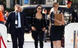 Hadiri TIFF, Michelle Rodriguez Pilih Busana Hitam