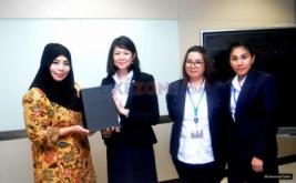 <p>  Kunjungan UPH ke kantor media portal Okezone.com di Gedung i-News, Kebon Sirih, Jakarta, Rabu (9/21/2016). Kunjungan tersebut untuk menjalin hubungan baik antara Okezone dan UPH.<br />  </p>