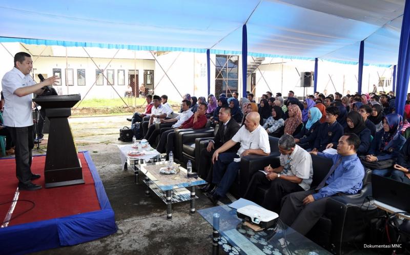 Berikan Kuliah Umum, Hary Tanoe Motivasi Mahasiswa STISIP Bina Putra Banjar