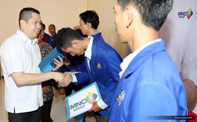 10 Mahasiswa Universitas Banten Jaya Terima Dana Pendidikan dari Hary Tanoe
