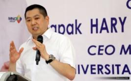 """<p>  Dalam kuliah umum bertema """"Kewirausahaan dan Pembangunan Ekonomi Indonesia"""" ini, Hary Tanoe memotivasi mahasiswa agar turut membangun perekonomian Indonesia.</p>"""